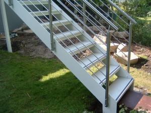 Balkon_mit_Treppe_01_Bild1
